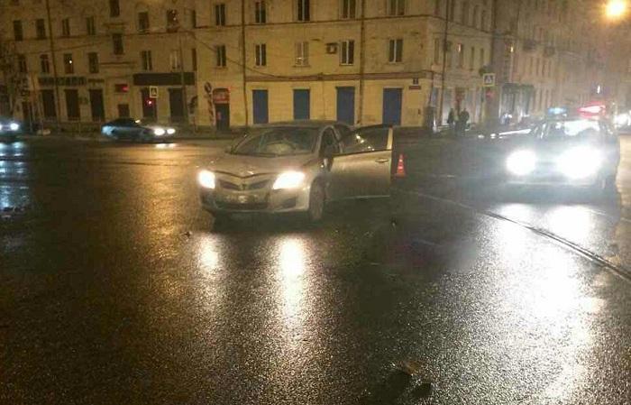 ВЧереповце насмерть сбили пешехода, выбежавшего надорогу на«красный»