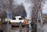 Устюжан, оставшихся в своих затопленных домах, некуда эвакуировать