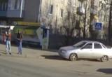 Полицейские разыскали водителя, сбившего пешехода на тротуаре в Вологде