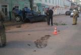 В Великом Устюге пьяный водитель серьезно пострадал от столкновения с деревом