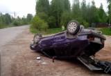 В Вологодской области пьяный лихач, уходя от погони, покалечил своих пассажиров