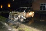 В Вологде сожгли внедорожник Toyota RAV 4