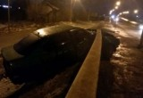 Два человека разбились при падении Ниссана с моста в Череповце