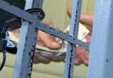 Сотрудник колонии в Шексне условно осужден за взятки