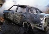 У женщины в Соколе подожгли автомобиль, взятый в кредит