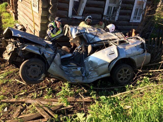 ВВеликоустюгском районе вдорожной трагедии погибли два человека