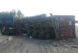 Под Череповцом столкнулись два грузовика, есть пострадавший (ФОТО)