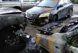Три иномарки подожгли рано утром в Вологде (ФОТО)