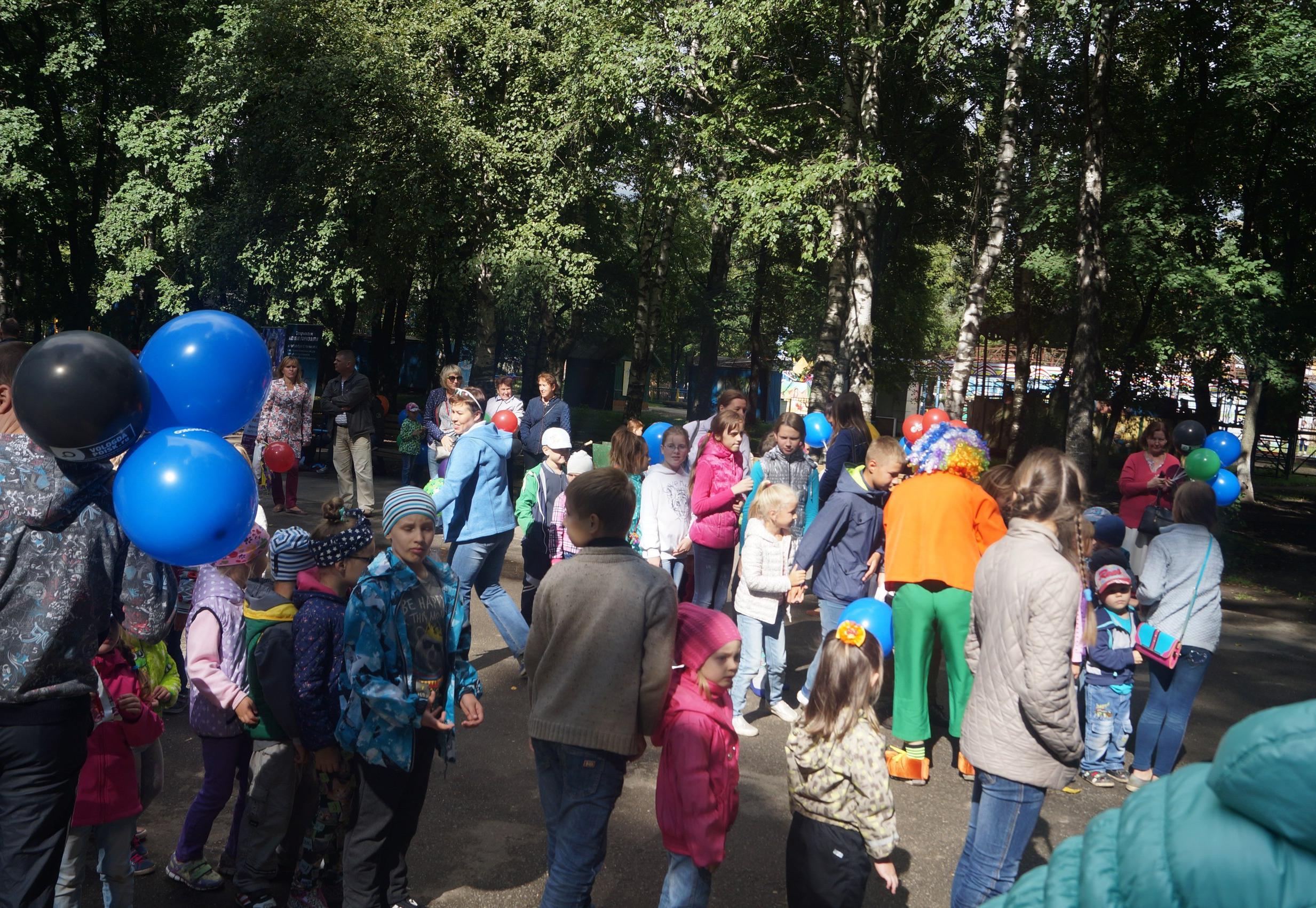 Фестиваль подвижных (дворовых) игр прошел в парке Ветеранов
