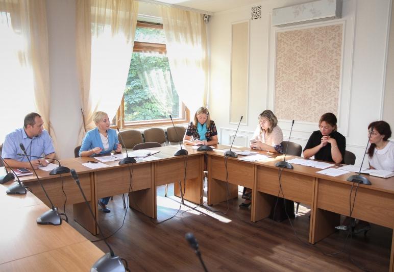 Депутаты Заксобрания области предлагают предоставлять инвалидам вне конкурса землю для ведения подсобного хозяйства