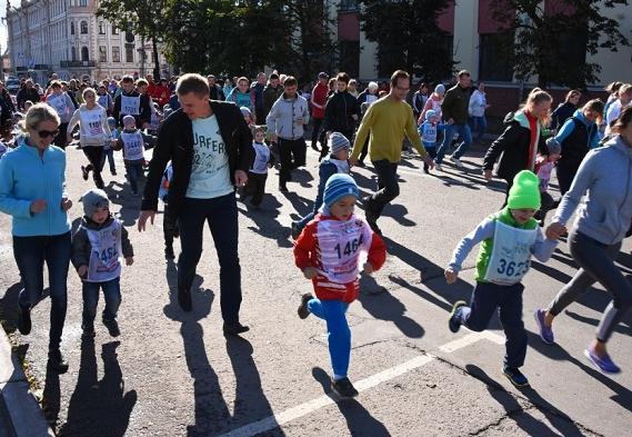 Больше 3 тысяч горожан вышли на «Кросс нации» в Вологде