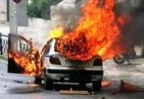 В Вологде сожгли «Тойоту Камри», от огня повреждены еще две иномарки