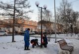 """Классика взамен """"гнутых ложек"""": новые фонари устанавливают на Проспекте Победы"""