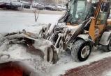 Больше 50 спецмашин убирают сегодня снег с улиц Вологды