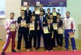 Юные череповчане взяли «золото» и «серебро» всероссийского турнира по кикбоксингу