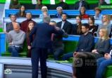 Ведущий Андрей Норкин заставил ответить за хамство украинского политолога в прямом эфире(ВИДЕО)