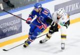 «Северсталь» в упорной борьбе уступила СКА в первом матче плей-офф