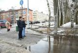 Мэр Вологды решил жестко спросить с управляющих компаний за уборку дворов в городе (ФОТО)