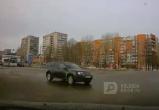 Череповецкий торопыга на «Рено Дастер» чудом избежал ДТП (ВИДЕО)