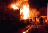 В Вологодской области сгорел двухэтажный дом (ФОТО)