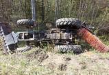 Череповчанка опрокинула в кювет трактор дорожников (ФОТО)