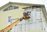 Последствия ураганного ветра и халтурной работы устраняют в Прилуках