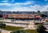 Снова «террористы»: в Череповце из-за сообщения о бомбе ночью оцепили ТЦ «Макси»