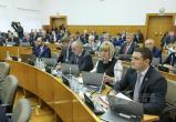 """В Вологде """"слуги народа"""" приговорили своих """"господ"""" работать до смерти: Вологодский парламент поддержал повышение пенсионного возраста"""