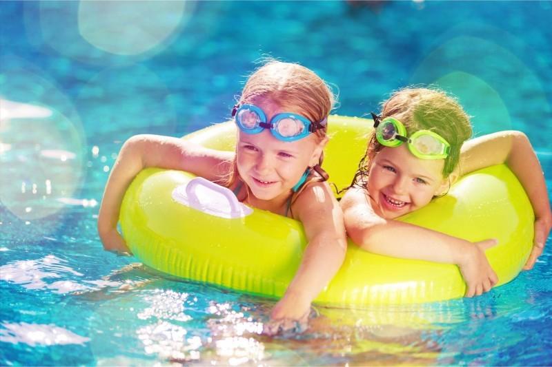 """Детский аквапарк в бассейне """"Лагуна"""""""