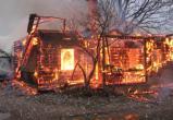 В Вологодской области заживо сгорел неизвестный мужчина