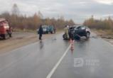 В Соколе лобовое ДТП: КАМАЗ подбил кроссовер (ВИДЕО)