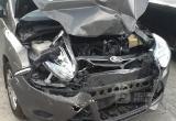 Пенсионерка на иномарке смогла разбить три автомобиля в Вологде: Пострадали трое