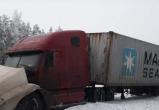 Серьезное ДТП на Вологодской трассе закончилось возгоранием: есть пострадавшие (ФОТО)