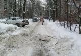 В Вологде больше не будут чистить дворы: снег сам растает весной (ВИДЕО)