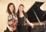 Скрипачка Юлия Игонина и пианистка Софья Гюльбадамова представят программу «Под небом Парижа» в Вологодской филармонии