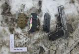 """34-летний """"Рэмбо"""" с игрушечной гранатой и не стреляющим пистолетом взбудоражил вологжан (ФОТО)"""
