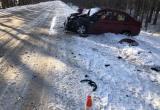 Под Череповцом «Шевроле» протаранил фургон, пострадала пассажирка легковушки (ФОТО)