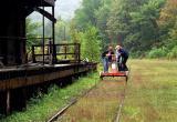 В Грязевецком районе дрезина с 8 пассажирами врезалась в грузовой поезд