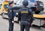 Судебные приставы нашли и забрали за долги у жительницы Череповца спрятанный автомобиль