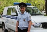 Полицейские спасли из огня жильцов и их живность