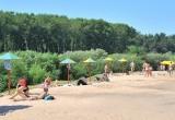 Какой флаг появится над городским пляжем Вологды — желтый или черный?