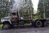 «КрАЗ» подожгли сегодня ночью в Бабаевском районе