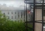 В Череповце вспыхнуло заброшенное здание училища