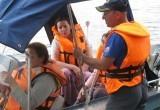 На Тудозере перевернулась лодка с пассажирами