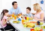 Жители РФ почти половину дохода тратят на еду