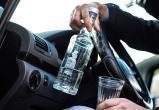 В Череповце пьяный водитель почти съел свое водительское удостоверение на глазах у автоинспектора (ВИДЕО)
