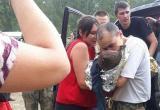 3-летний ребенок, потерявшийся в тайге, не мог выбраться из болота. Сейчас мальчик в больнице