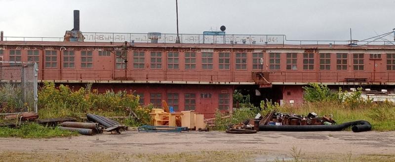 Наследие «Стройиндустрии»: долги по зарплате и полуразрушенный порт «Сокол»