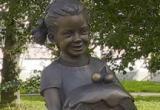 «Сладкой девочке» из Череповца нужна помощь горожан