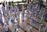 Вологодские медики станцуют возле больницы
